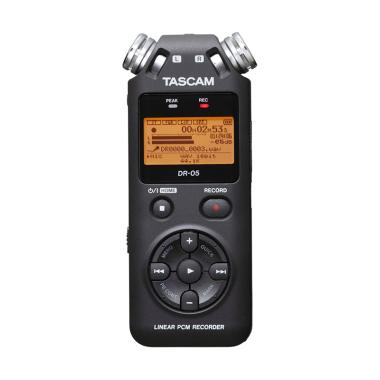 Tascam DR-05 Portable Digital Recorder - Hitam