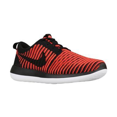 NIKE Roshe Two Flyknit Men Sepatu Olahraga - Red 844833-006