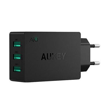 Aukey 3 Ports USB AC Wall Charger 30W (PA-U35) - Hitam
