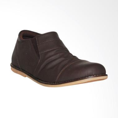D-Island Shoes Casual Slip On Wrinkle Leather Sepatu Pria - Dark Brown
