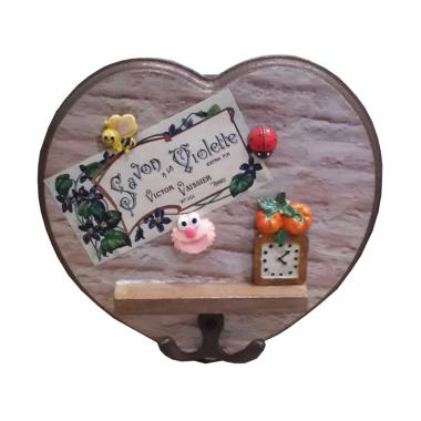Tilavie Bentuk Love Pink Elmo Tempat Gantungan Kunci - Adorable Brown