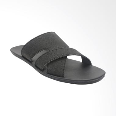 https://www.static-src.com/wcsstore/Indraprastha/images/catalog/medium//90/MTA-2178350/dr-kevin_dr--kevin-man-sandal-pria---black--17232-_full07.jpg