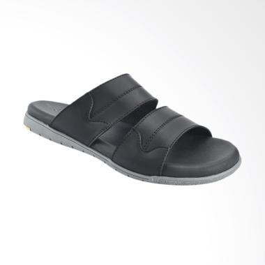 Yongki Komaladi Sandal Pria - Black [VN436-3]