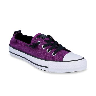 Converse Chuck Taylor All Star. Rp 459.000 Rp 499.000 8% OFF · Converse ... d7ad86470f