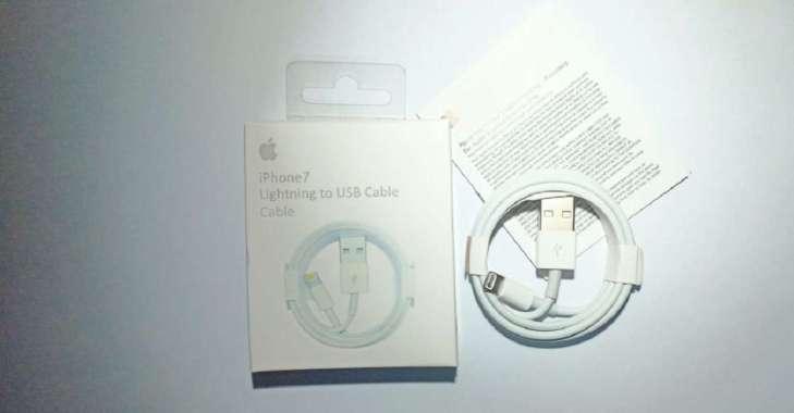 harga Kabel Data Charger Iphone. Iphone6 . Iphone7 . Iphone8 . Ipad Pro . Ipod Itouch Ipad Data .. IphoneX .ipad mini / Ipad Pro Lightning to USB Cable white Blibli.com