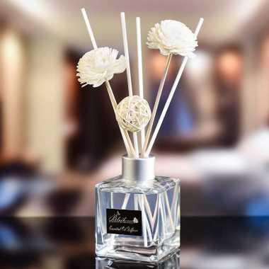 harga Set Parfum Ruangan Dekorasi Aroma Reed Diffuser Stik Bambu 50ml-Shangri-la Blibli.com