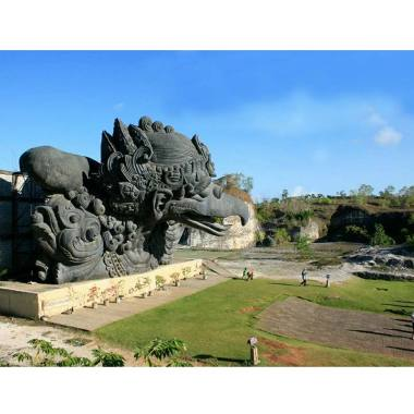 Bali Top Holiday - Paket Tour Bali [Tanpa Hotel/2D1N]