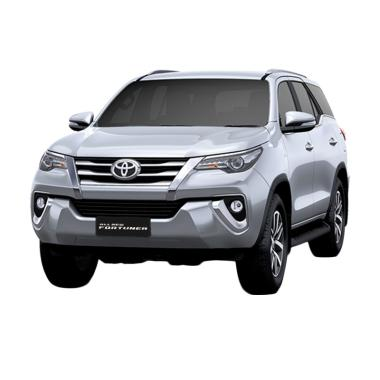 Toyota New Fortuner 4x2 2.4 VRZ DSL TRD Mobil - Silver Metallic