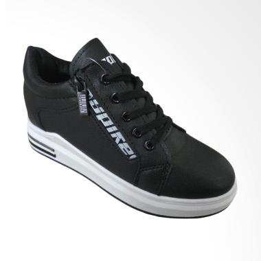 https://www.static-src.com/wcsstore/Indraprastha/images/catalog/medium//91/MTA-2046753/spike_spike-sepatu-fashion-wanita---dtr5832---black_full03.jpg
