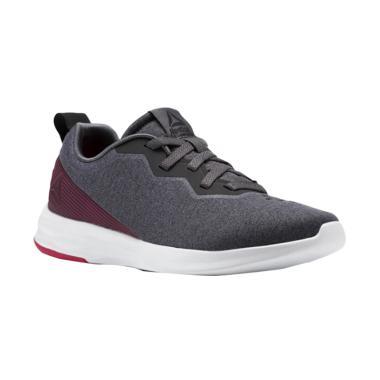 Reebok Astroride Perigee W Shoes Sepatu Olahraga Wanita [CN1214]
