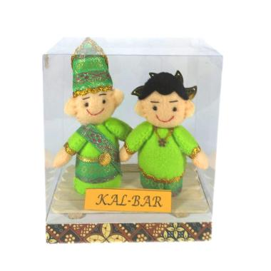 MMS Pakaian Adat Kalimantan Barat Boneka