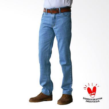 https://www.static-src.com/wcsstore/Indraprastha/images/catalog/medium//91/MTA-2169054/fts-trendy_fts-trendy-standard-celana-jeans-pria---biru-muda_full02.jpg
