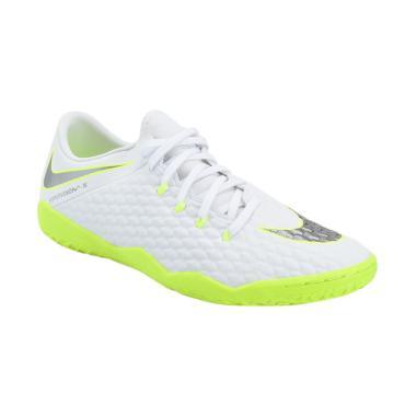 Promo   Diskon Sepatu Futsal Nike Terbaru 2018  26f6f5856f