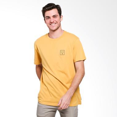 Billabong Stacked T-Shirt Pria - Gold  GOL0  cab7e003c4