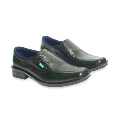 Jual Sepatu Pantofel Formal Pria Kickers Original - Kualitas Terbaik ... eb2efa4bc5