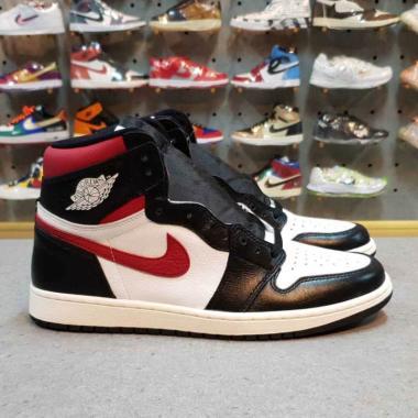 harga NIKE Air Jordan 1 Retro High OG Gym Sepatu Olahraga Pria - Red Blibli.com