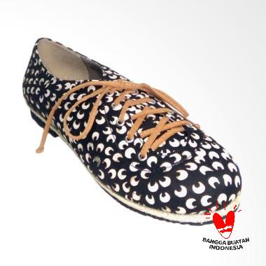 DAT Maiyya Sepatu Loafer Wanita - Black