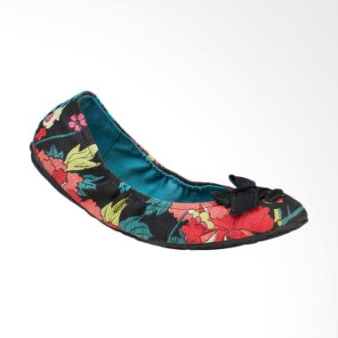 Sakroots Farrah Jet Flower Power Flat Shoes