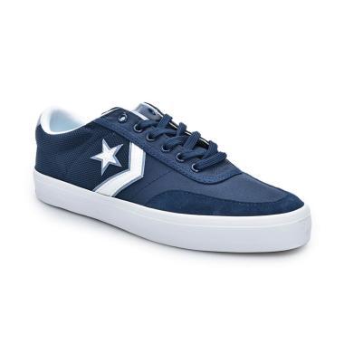Star Canvas Ox Sepatu Pria