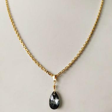 harga Nje Collection Kalung Nori Liontin Swarovski Hitam Perhiasan Wanita [Lapis Emas 24K] Blibli.com