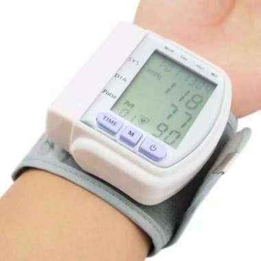 harga Tensimeter alat tensi digital pergelangan tangan CK-102s blood pressure monitor portable digital Blibli.com