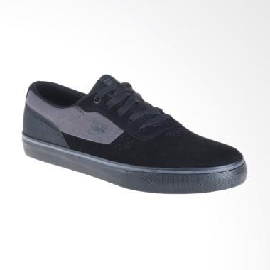 DC Switch S M Shoe Sneakers Pria - Black [ADYS300104-BB2]