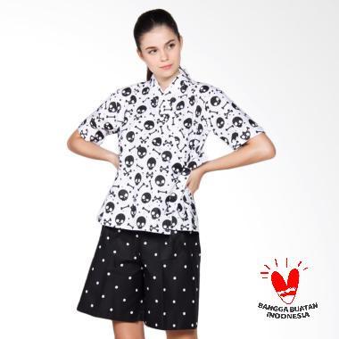 https://www.static-src.com/wcsstore/Indraprastha/images/catalog/medium//93/MTA-1861490/dasterland_dasterland-corak-tengkorak-setelan-pakaian-tidur-wanita---putih_full05.jpg