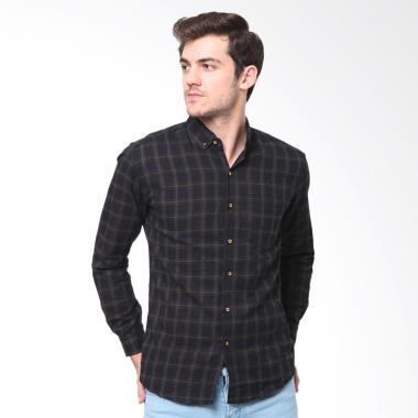 MENTLI Marvel Flannel Shirt Kemeja Pria - Hitam