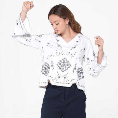 ... baju atasan bordir bunga. Source · The Executive 5-BLKCAS118D019 Blouse Wanita - Off White
