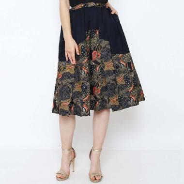 Asana Asera Women Skirt Wanita Black