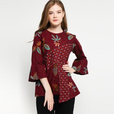 Batik Arjunaweda Women 18227088 Ukel Daun Blouse - Merah