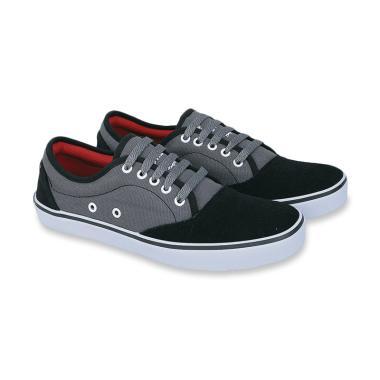 Jual Sepatu Sneakers Pria Ori - Harga   Kualitas Terbaik  70c870b7ed