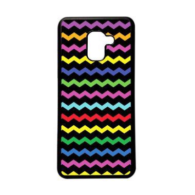 HEAVENCASE Motif Unik Batik Kayu Chevron 51 Softcase Casing for Samsung Galaxy A8 Plus 2018 - Hitam
