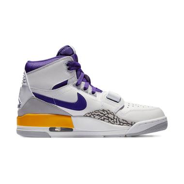 NIKE Air Jordan Legacy 312 Lakers Sepatu Basket Pria - White f72901c5f9