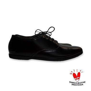 Sepatu Kulit Pria Asli Pria Terbaru   Ori - Harga Promo  277f1ecc62