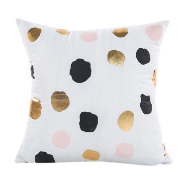 https://www.static-src.com/wcsstore/Indraprastha/images/catalog/medium//94/MTA-3550088/bluelans_bluelans-gold-foil-printing-cushion-cover-decorative-sofa-bed-fashion-throw-pillow-case-12_full08.jpg