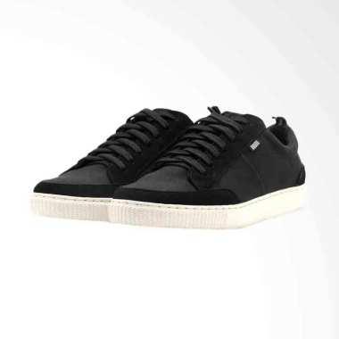Jual Sepatu Sneaker Hitam Online - Harga Baru Termurah Desember 2018 ... 01ec037810
