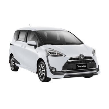 Toyota Sienta 1.5 E Black Trim Mobil - Super White