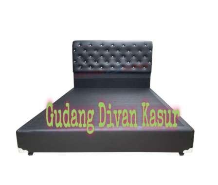Divan/Dipan Difan Kasur Minimalis Sandaran Model Kancing 180 x 200 Putih
