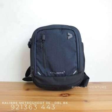 harga Tas Selempang Kamera Kalibre Metroshoot 06 920606-443 New - Dark Blue Black Multicolor Blibli.com