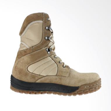 Golfer Sepatu Boot Pria - Cream ...