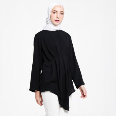 https://www.static-src.com/wcsstore/Indraprastha/images/catalog/medium//95/MTA-2546258/covering-story_covering-story-diante-blouse-muslim-atasan-wanita_full59.jpg