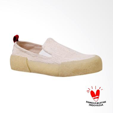Pijak Bumi Atlas Slip On Shoes Unisex - White