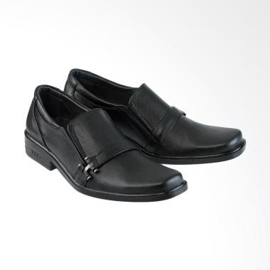 Jual Sepatu Kulit Pria No 38 39 Terbaru - Harga Murah  89d35aade5