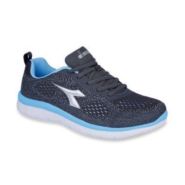 Sepatu Wanita Ukuran 43 Terbaru di Kategori Fashion Pria Aksesoris ... e87de823a1