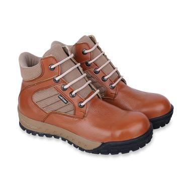 Koleksi Sepatu   Sandal Pria Branded Terbaru 2019 - Harga Murah  100% Asli   50d47f09a8
