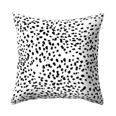 https://www.static-src.com/wcsstore/Indraprastha/images/catalog/medium//96/MTA-3668235/bluelans_bluelans-14--black-and-white-geometric-square-cushion-cover_full04.jpg