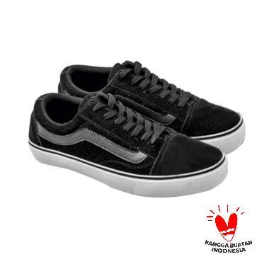 Edberth Sepatu Boots Pria Roma Hitam - Daftar Harga Terbaru dan ... 11e455ed62