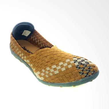 https://www.static-src.com/wcsstore/Indraprastha/images/catalog/medium//97/MTA-1419397/bernice_bernice-c146-sepatu-rajut-wanita---beige_full05.jpg