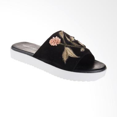 Yongki Komaladi OL6-1702-FTR Sandal Wanita - Black